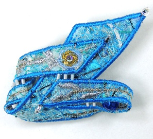 brooch-blue-silver