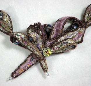 mushroom-neckpiece-2
