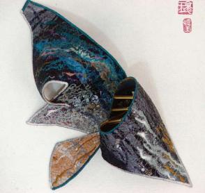 textile-art-relief-cavern1