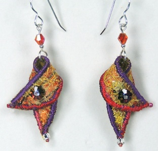 textile-earrings-orange-pur